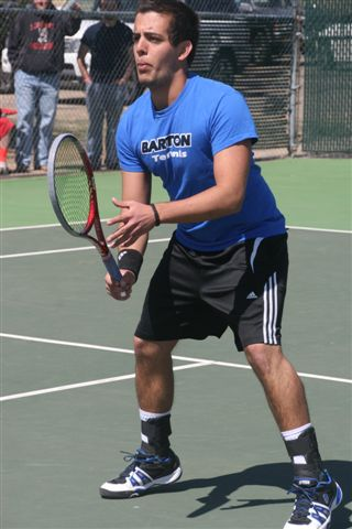 No. 17 Bulldogs too much for Cougar Tennis in 8-1 win