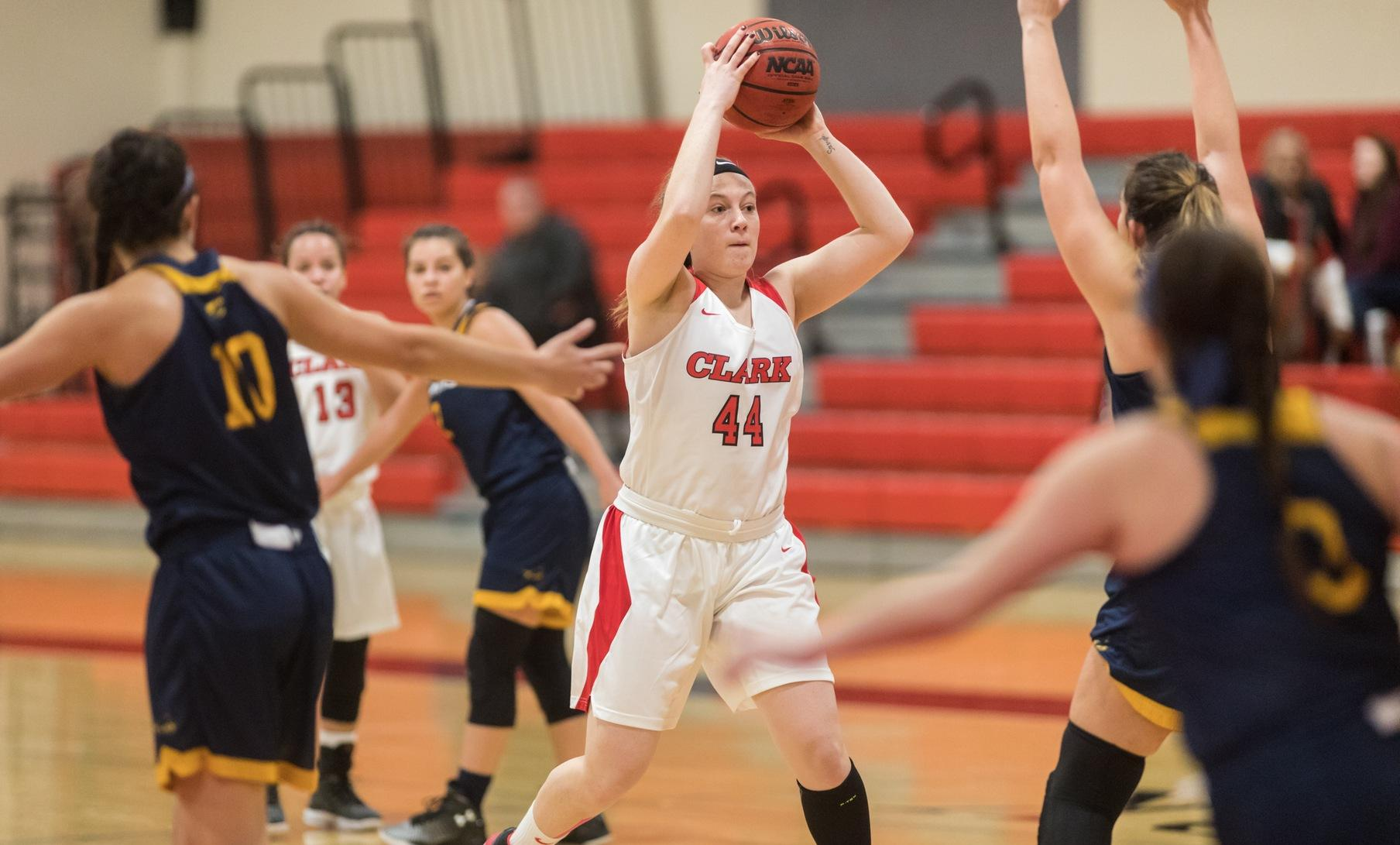 Pioneers Charge to Victory Over Women's Basketball