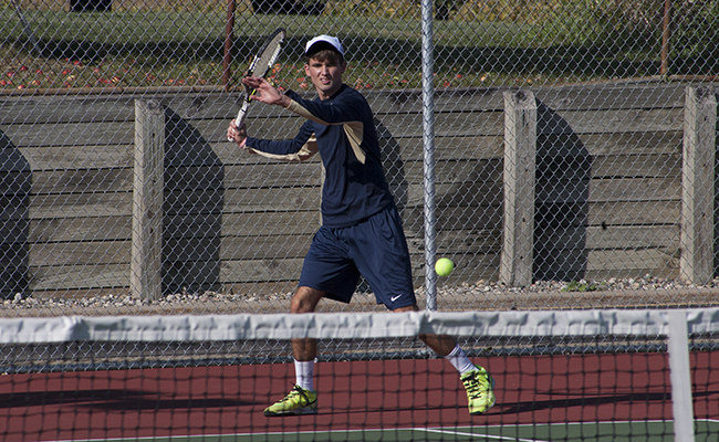 Baysinger Earns Singles Win as Thunder Fall to Berry