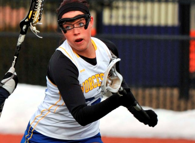 Connors, O'Brien Both Reach Milestones In 21-12 Victory Over UMass Dartmouth