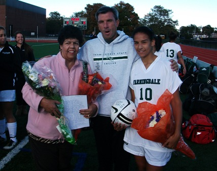 Rams Shutout Old Westbury on Senior Day