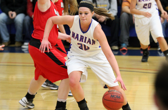 Women's Hoops Outlasts MSOE, 72-60