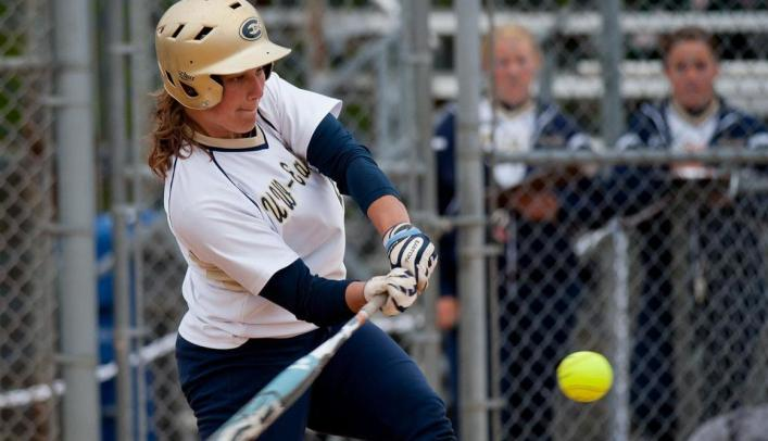 Softball Opens Season with Two Wins in Minnesota