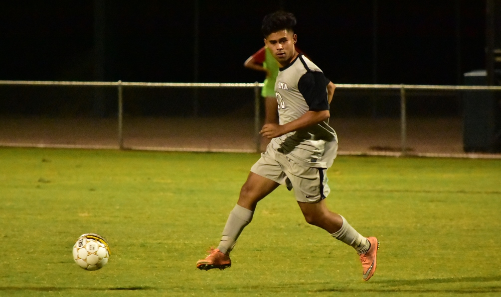 Sophomore Julian Gaona (Tucson HS) scored two goals as the Aztecs rallied to net four unanswered goals to beat Scottsdale Community College 4-1. The Aztecs are 11-1-3 on the season. They're 9-0-2 in their last 11 games. Photo by Ben Carbajal.