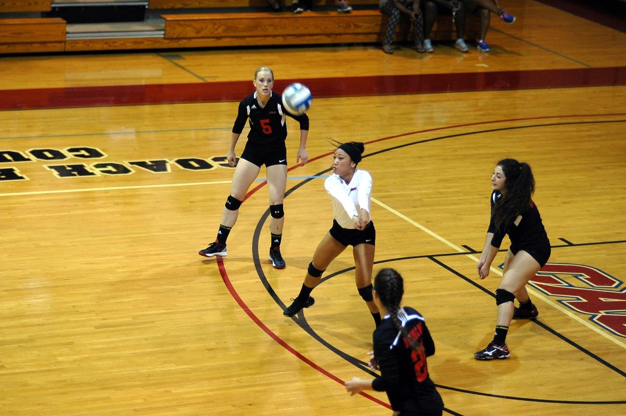 VOLLEYBALL LOSES TWO AT STONEHILL SKYHAWKS INVITATIONAL