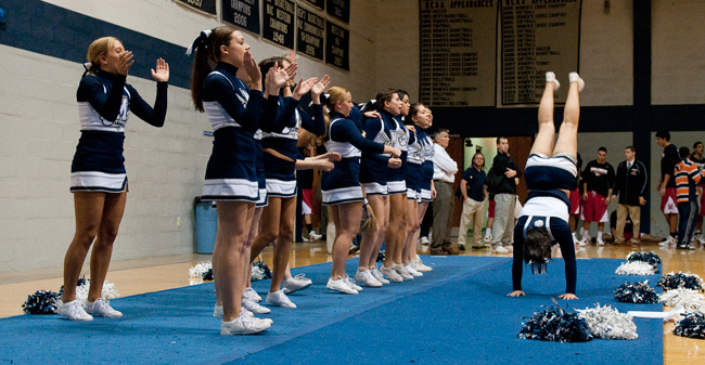2017 Moravian College Cheerleader Tryouts