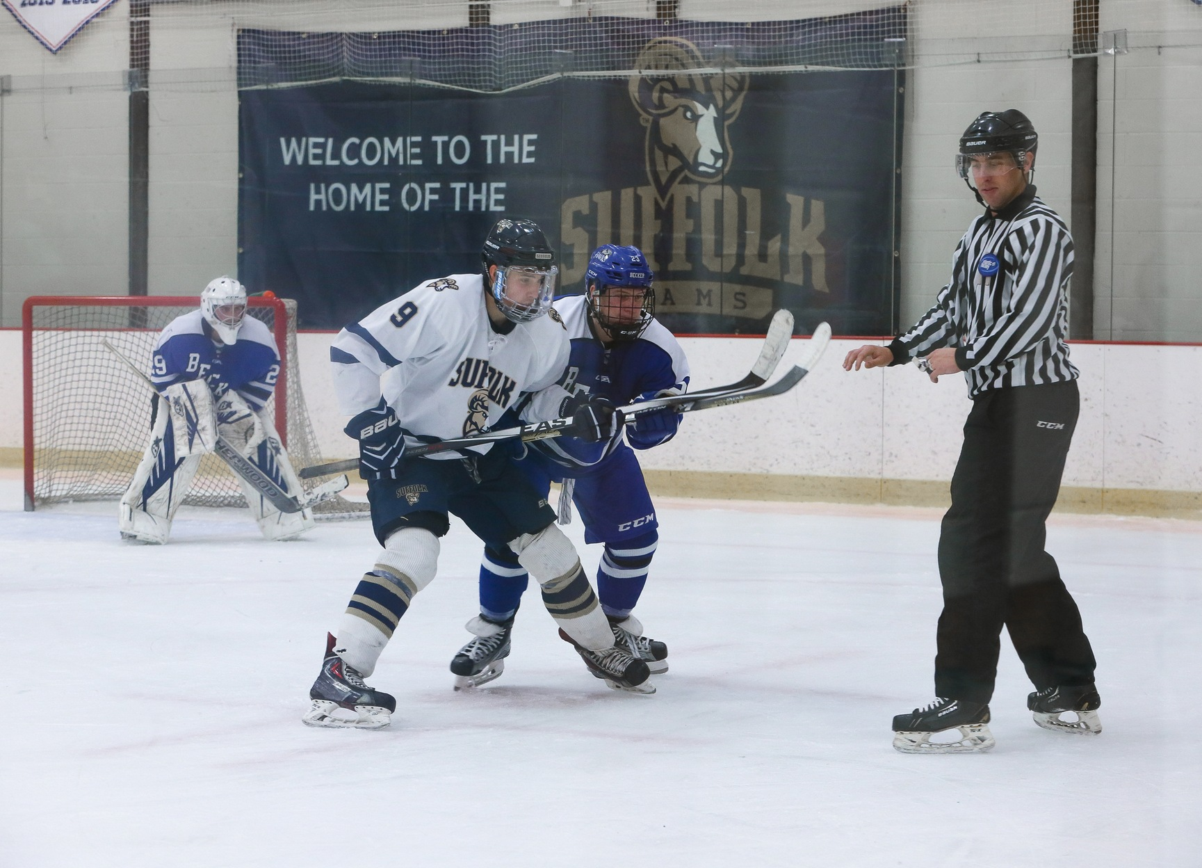 Men's Hockey Closes Regular Season at No. 8/10 Endicott Monday