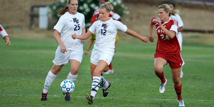 Cougars pounce on Poets 3-0
