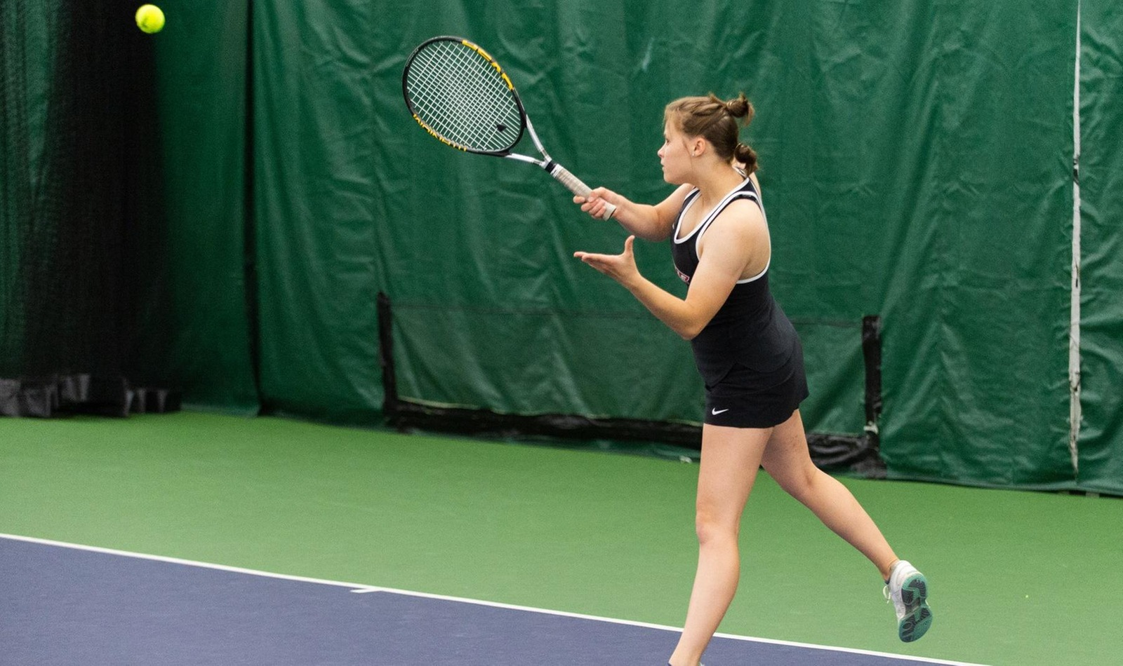 Outstanding Season Ends in Playoffs for Women's Tennis