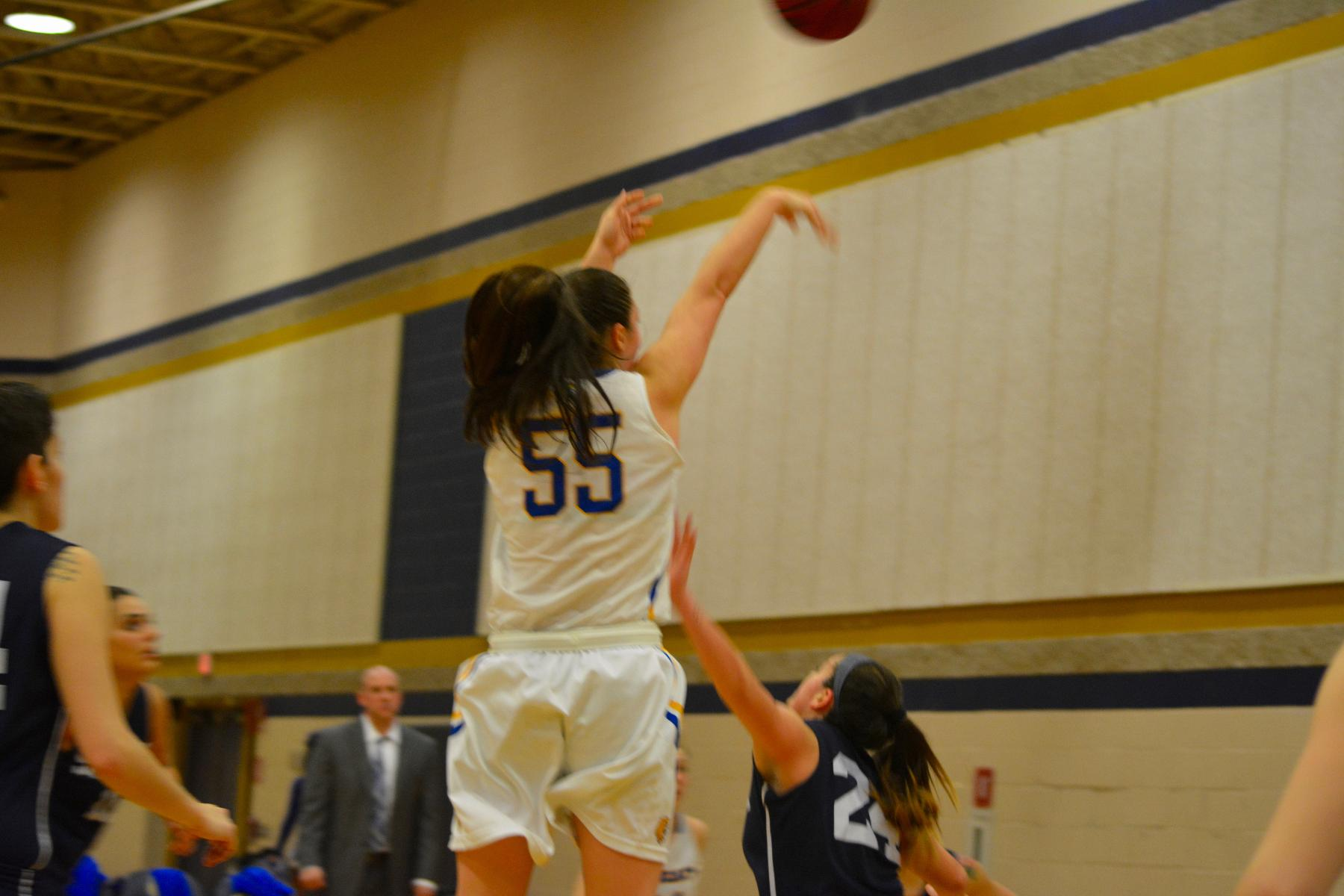 Wildcats Lose GNAC Opener 61-60 at Suffolk