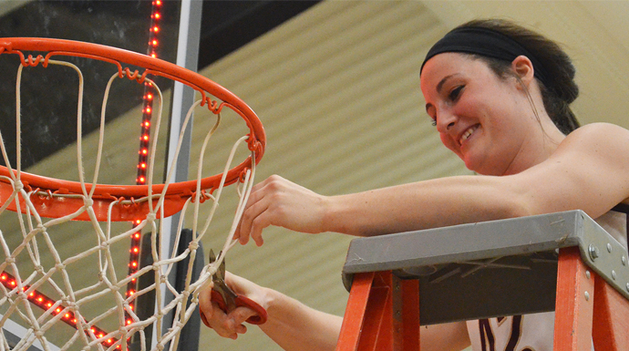 Eureka Captures First Women's Basketball Title