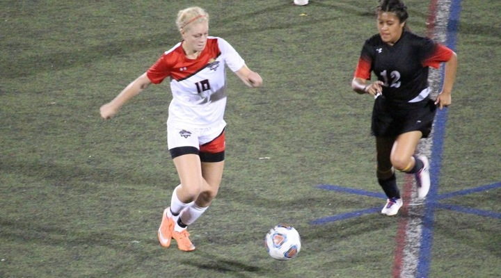 Women's Soccer Storms Past Dean in First-Ever Matchup, 2-0