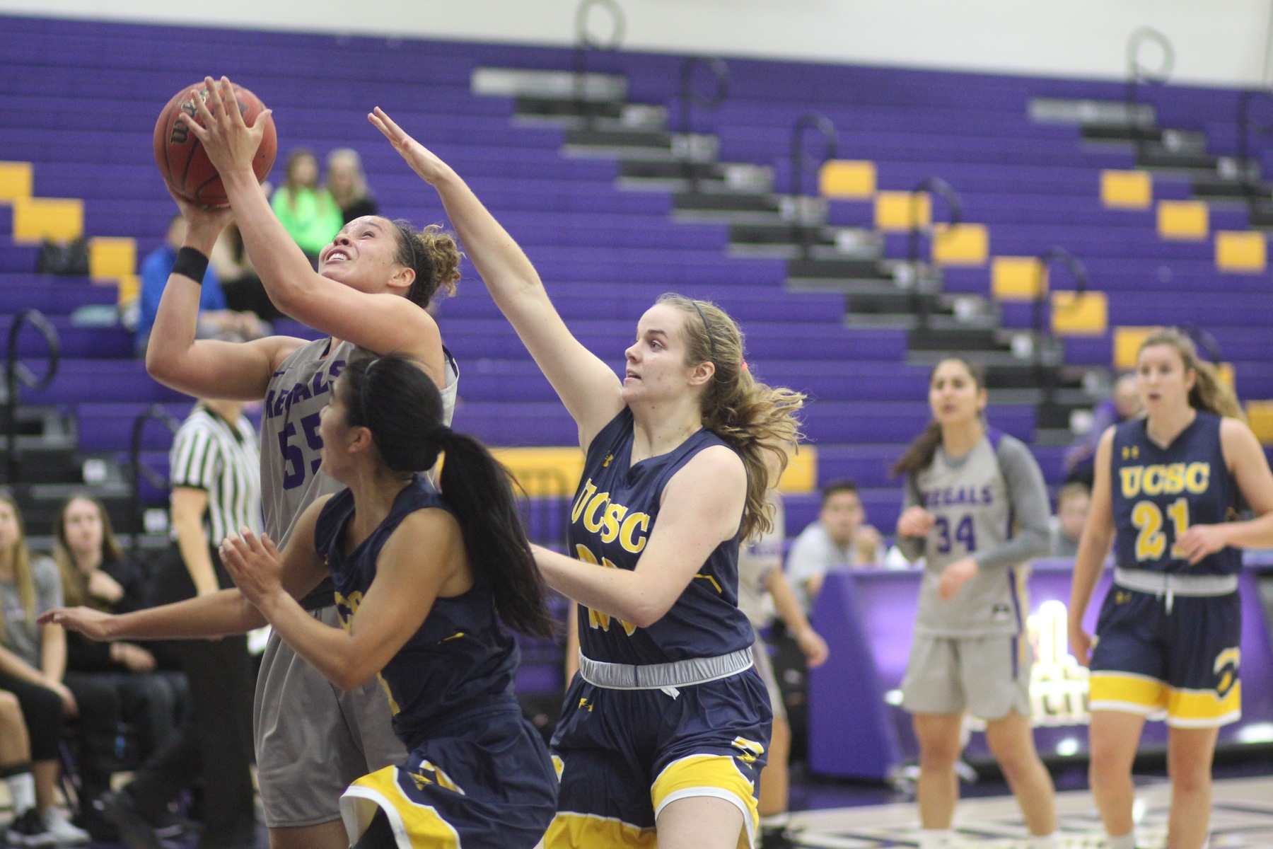 Regals Complete Comeback Against Banana Slugs