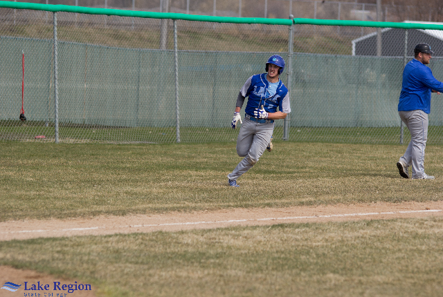 Royals Baseball Kicks off MonDak Play on the Road