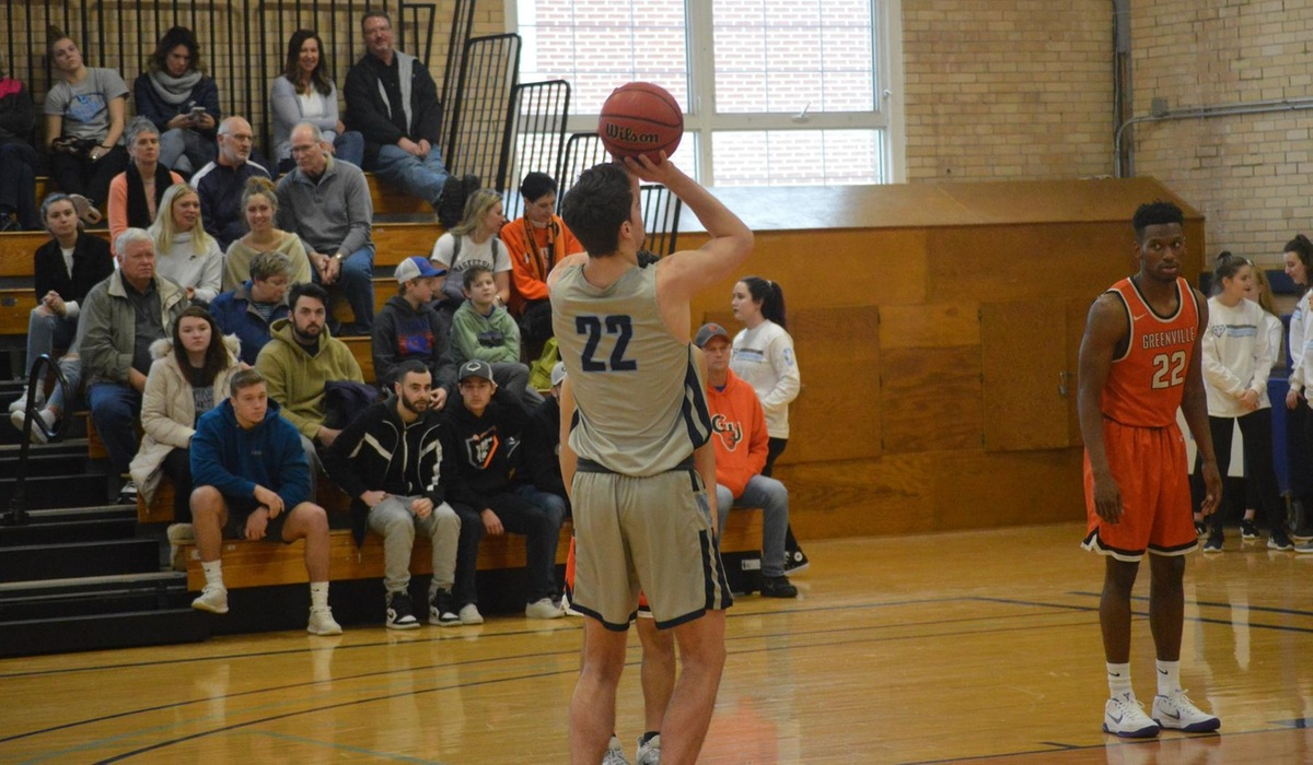 Blackburn Slips Past Westminster Men's Basketball