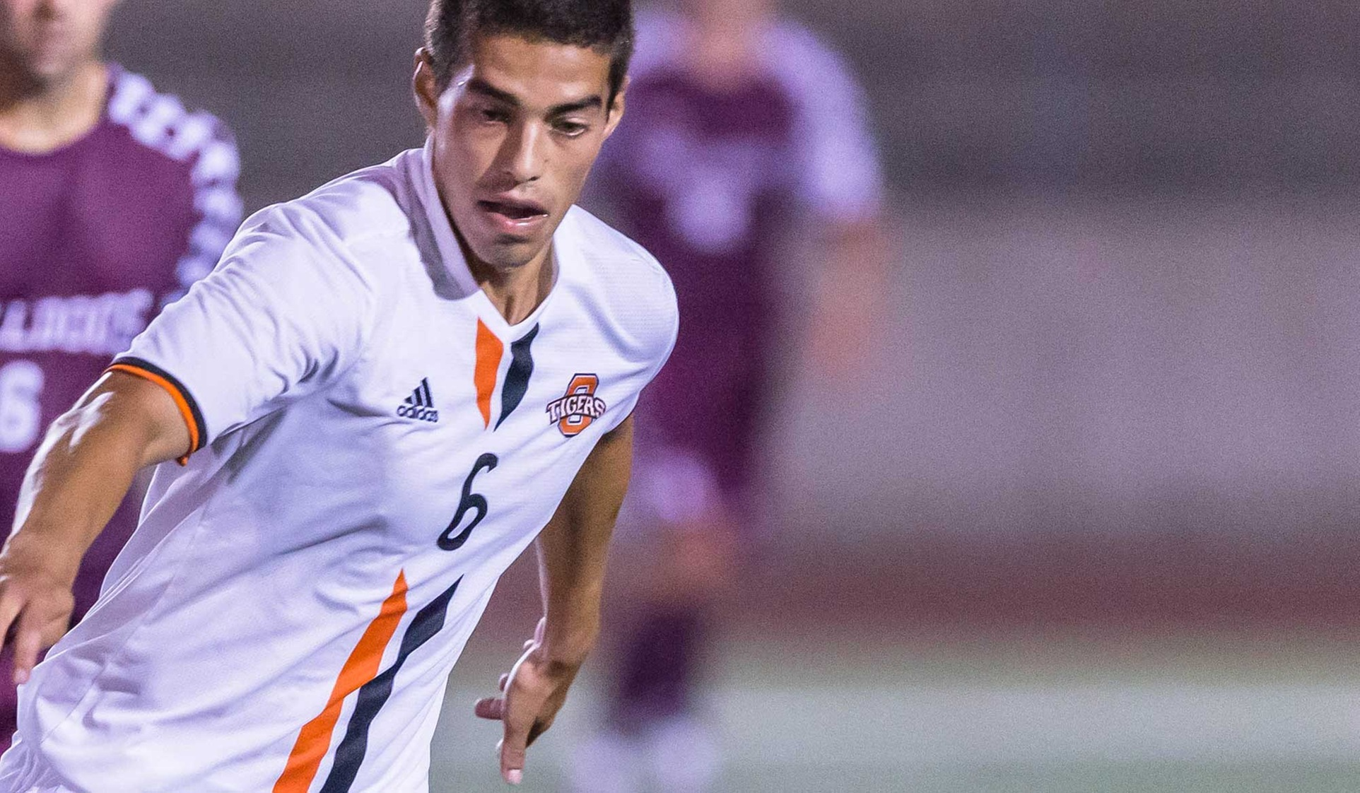 Oxy Wins at Redlands, Hosting SCIAC Championship