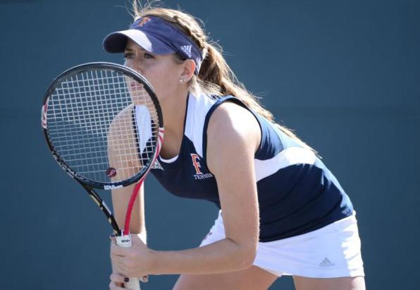 Fullerton Tops Colonials