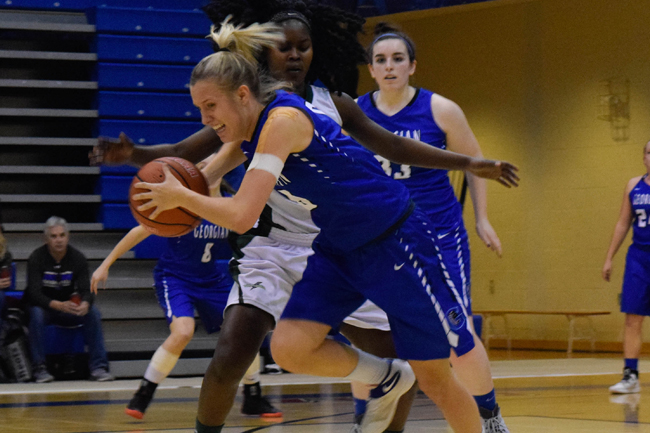 WOMEN'S BASKETBALL IN TOUGH AFTER LOSS TO HUSKIES