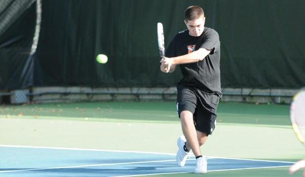 Branden Metzler reaches round of 16 at USTA/ITA Central Region Chamionships
