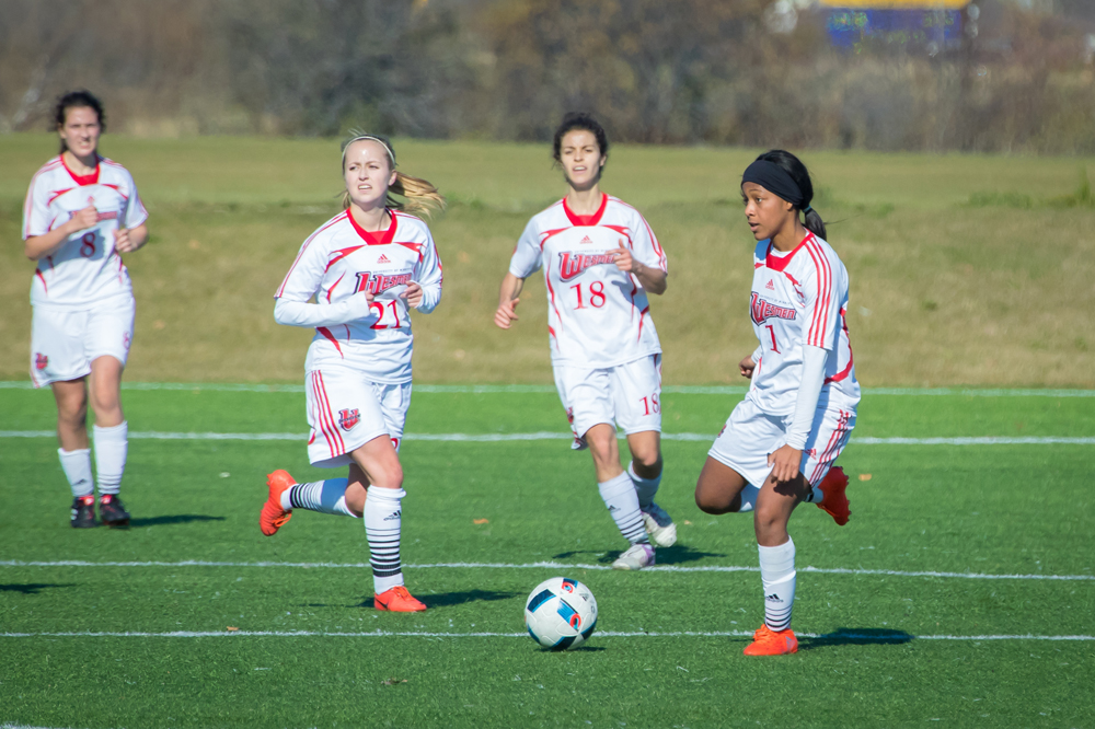 Women's Soccer Finish Off Road Trip In BC With Tough Battle Against Victoria