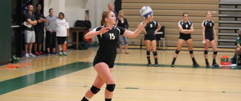 Women's Volleyball Finishing The Season Strong