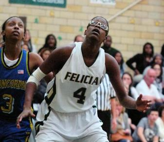 Women's Basketball Holds On To Defeat Bloomfield, 67-59