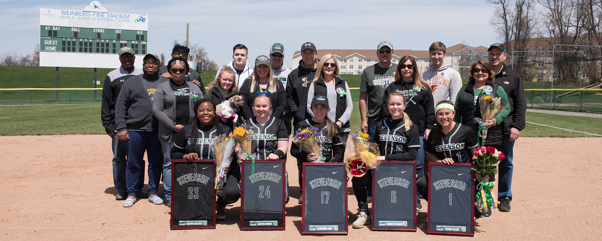 McKee Hits Walk-Off Homer as Mustangs Split on Senior Day