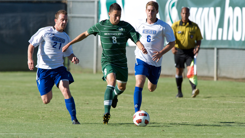 MEN'S SOCCER SLIPS UP AT NO. 22 RANKED CSU BAKERSFIELD