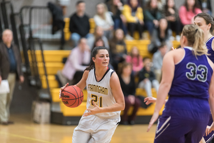Women's Basketball's Win Streak Snapped at Westfield State