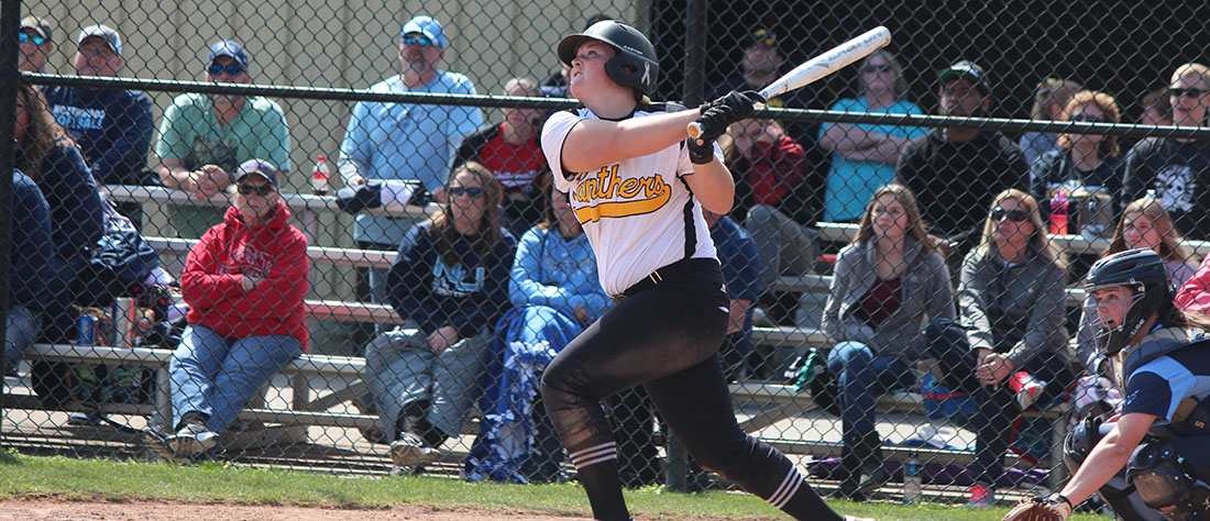 Softball Splits At Ashland In Final GLIAC Regular Season Games