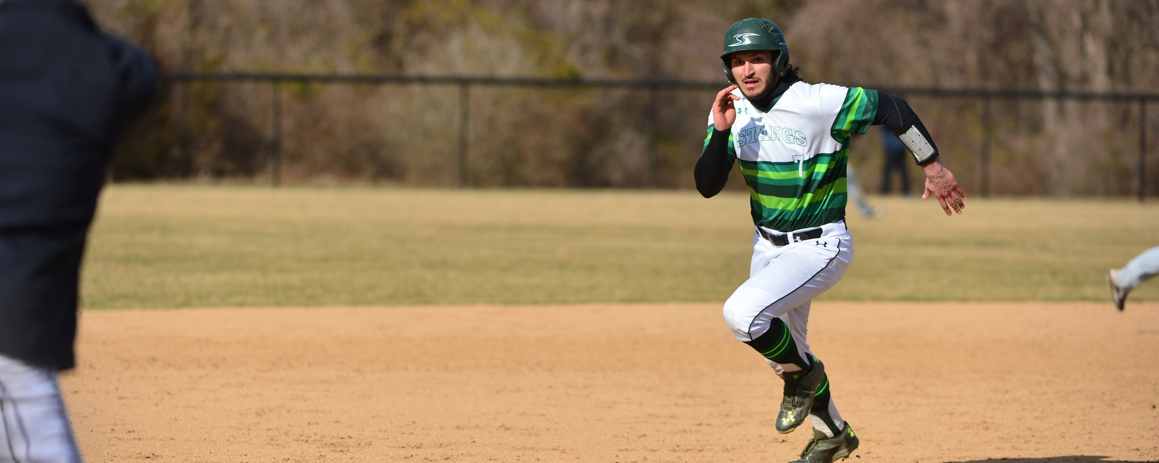 Big Fourth Inning Propels Mustangs To Win In Rematch With Catholic