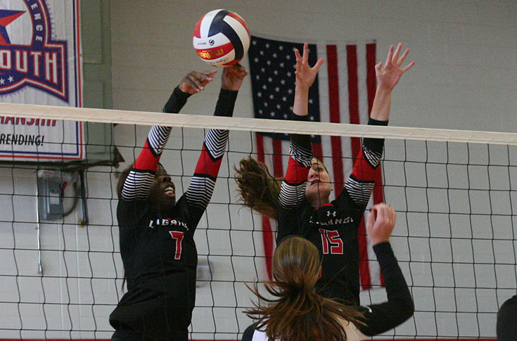 Volleyball: Emily Arnold sets career high as Panthers host USA South Quad Match