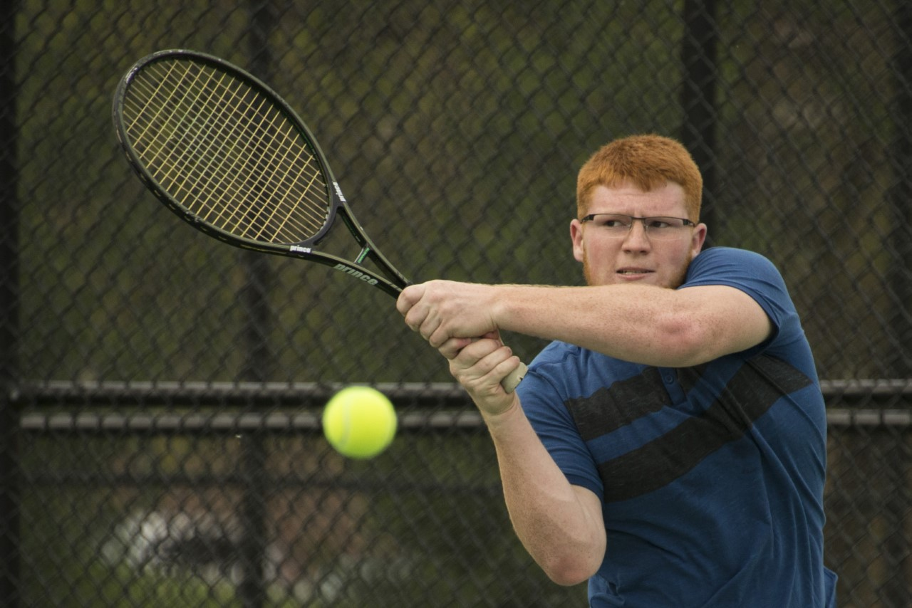 Franklin Edged by Anderson in Men's Tennis