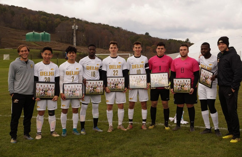 Eight Honored on Senior Day as Men Win Eighth Straight vs. New Rochelle