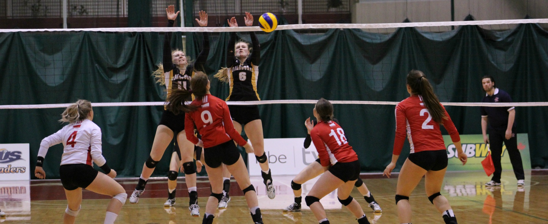 Tigers edge Sea-Hawks in 5 Sets