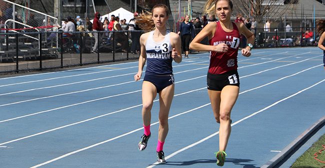 Sarah Hughes '18 runs in the 5,000-meter run at the Greyhound Invitational, an event that she won.
