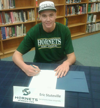 MEN'S BASKETBALL SIGNS CASA ROBLE HIGH SCHOOL PRODUCT ERIC STUTEVILLE