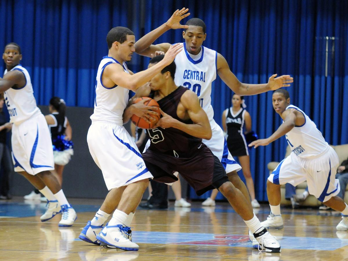 Sophomores Horton and Thompson Lead Blue Devils to 91-78 Win at FDU on Saturday Night