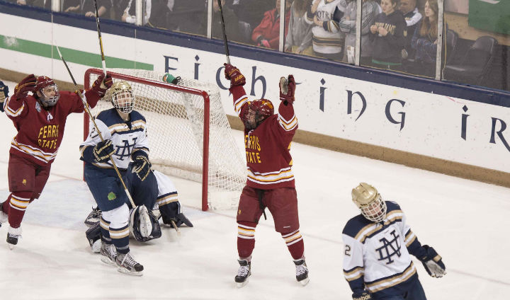 Bulldogs Beat #7 Notre Dame On Road To Climb In CCHA Standings