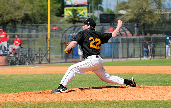 Baseball Rallies to Defeat Babson, 10-7