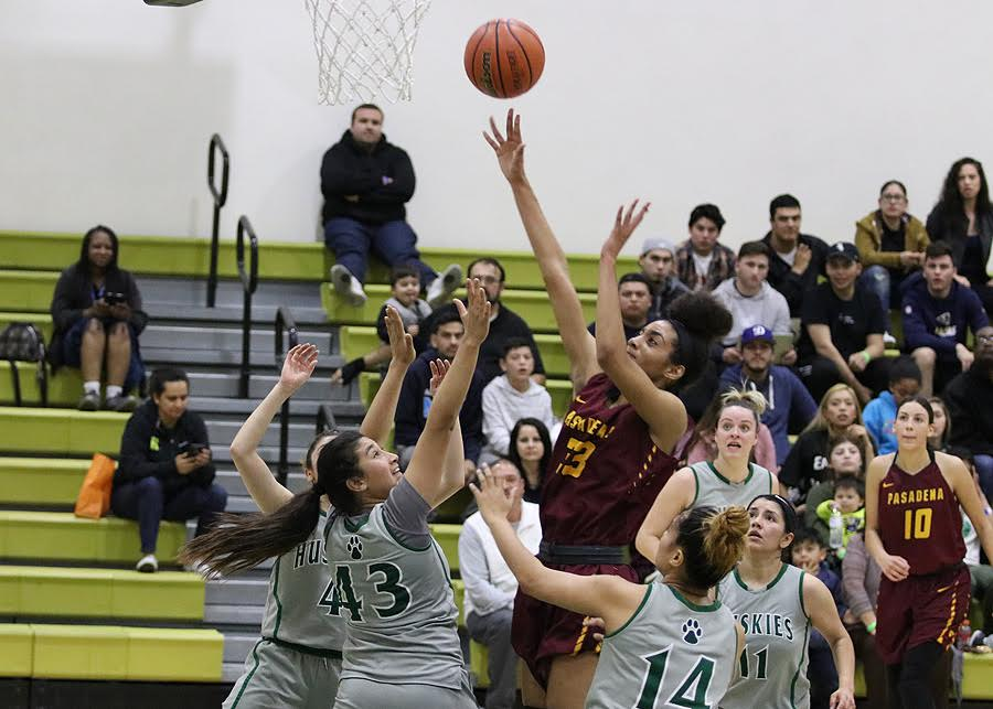 All five East LA players surrounded Lancer Kailyn Gideon on this shot during PCC's third round regional loss at East LA College, photo by Richard Quinton.