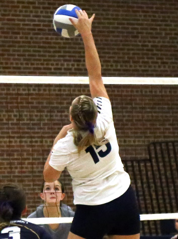 Emory & Henry Volleyball Sweeps Randolph, 3-0, Wednesday To Open ODAC Play