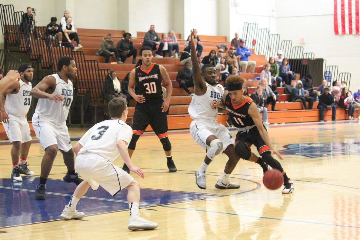 Men's Basketball Defeated in Home Finale