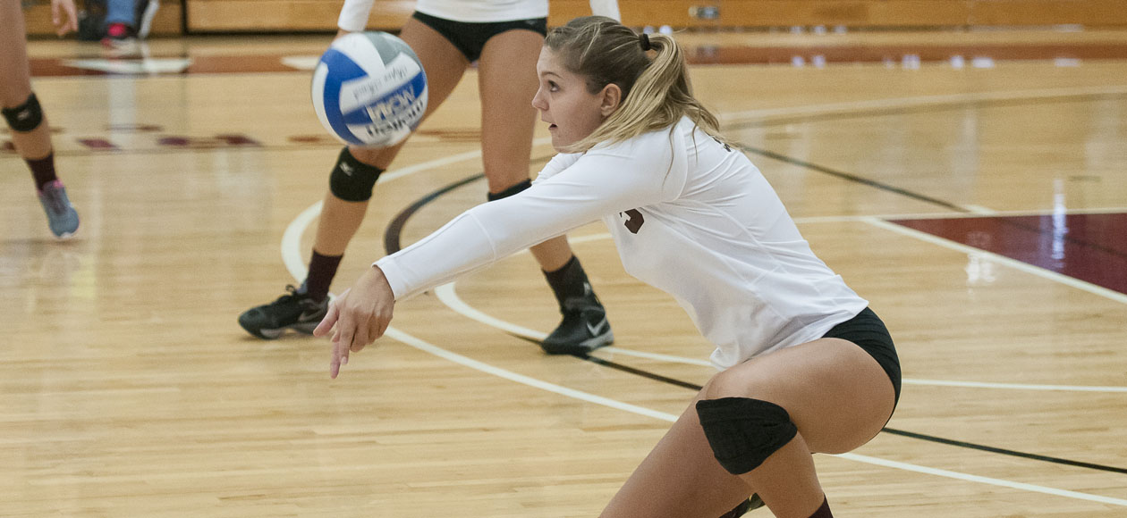 Women's Volleyball Bests Emerson For Third-Straight NEWMAC Win