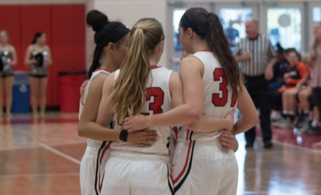 Women's Basketball Falls to Concordia Wisconsin