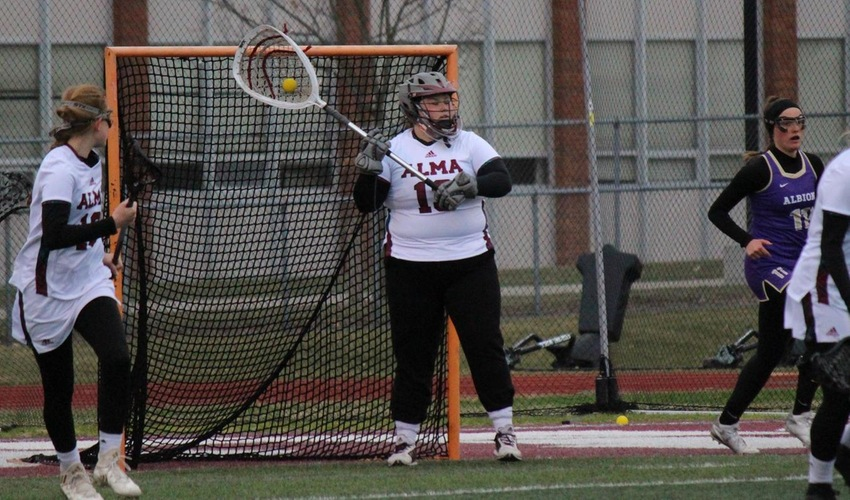 Women's Lacrosse Wraps up Season With Huge Win Over Olivet