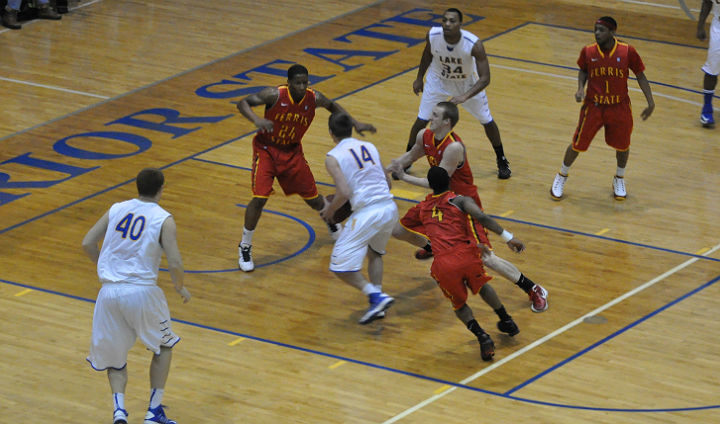 Ferris State Men Fall In Upper Peninsula To LSSU