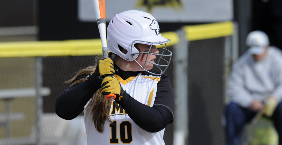 Softball Drops a Pair of One-Run Contests to Stony Brook