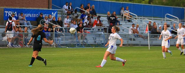 Women's Blue Knights Soccer fall to start conference play
