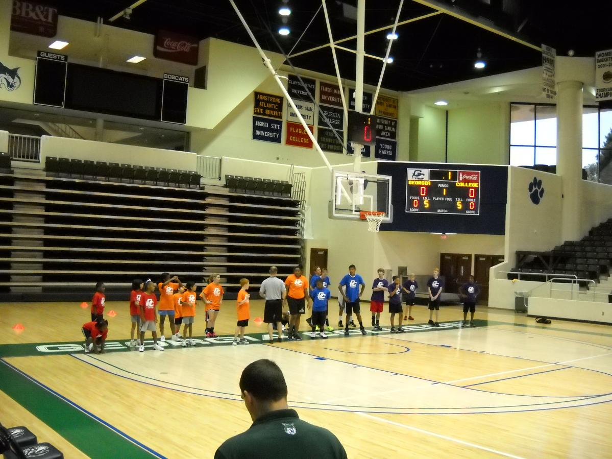 The Next Kobe: A Look Into the Junior Bobcat Basketball League
